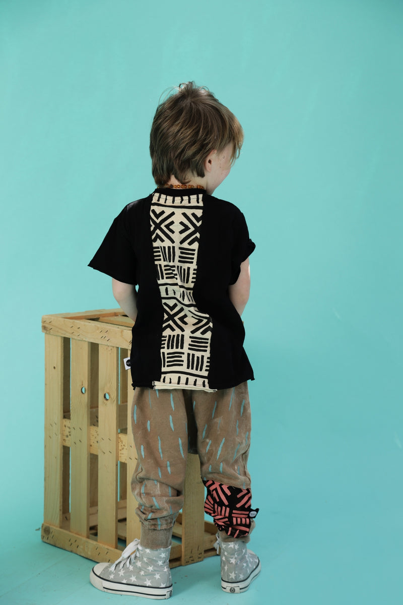 Kids Black unisex T-shirt
