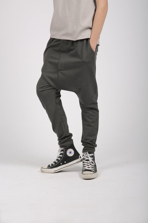 Kids charcoal baggy pants with patch