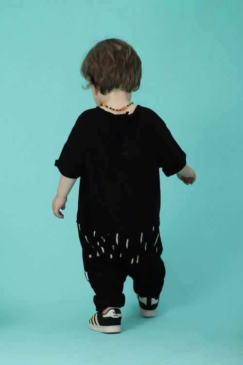 Black unisex baggy overall