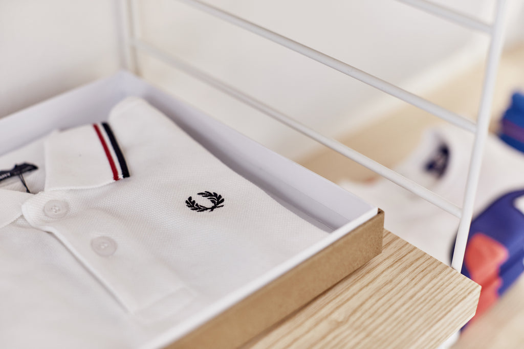 WHAT A PETIT Store Fred Perry Shirt
