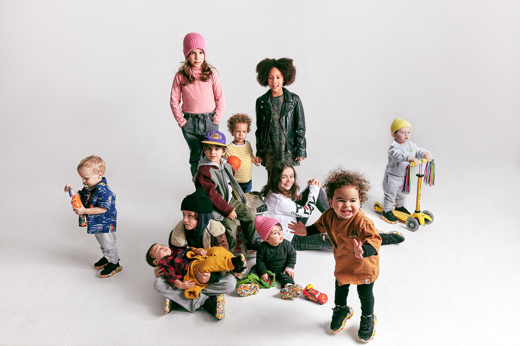 Adidas Originals WHAT A PETIT Ozweego - Breakfast Party Toddler Schuhe - WHAT A PETIT