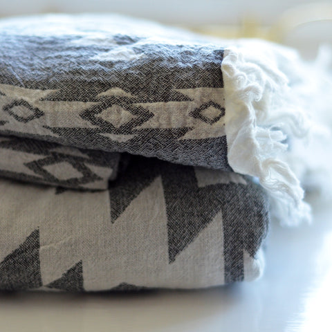 Hammam Throw/Towel - Aztec Pattern