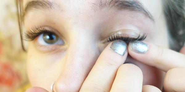 Get Natural with Faux Lashes