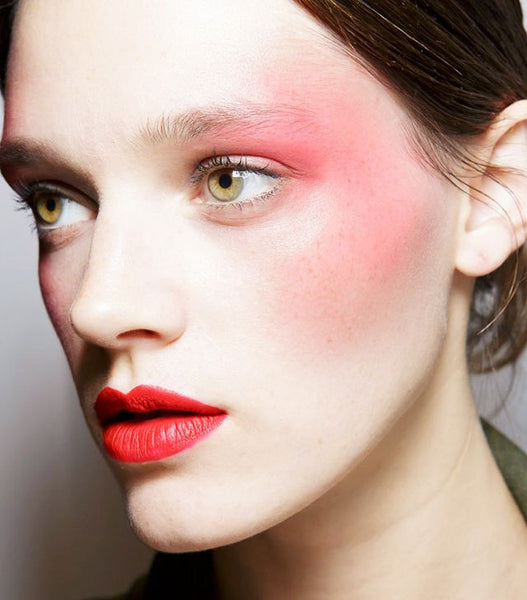 4 Eighties Beauty Trends Making a Comeback!