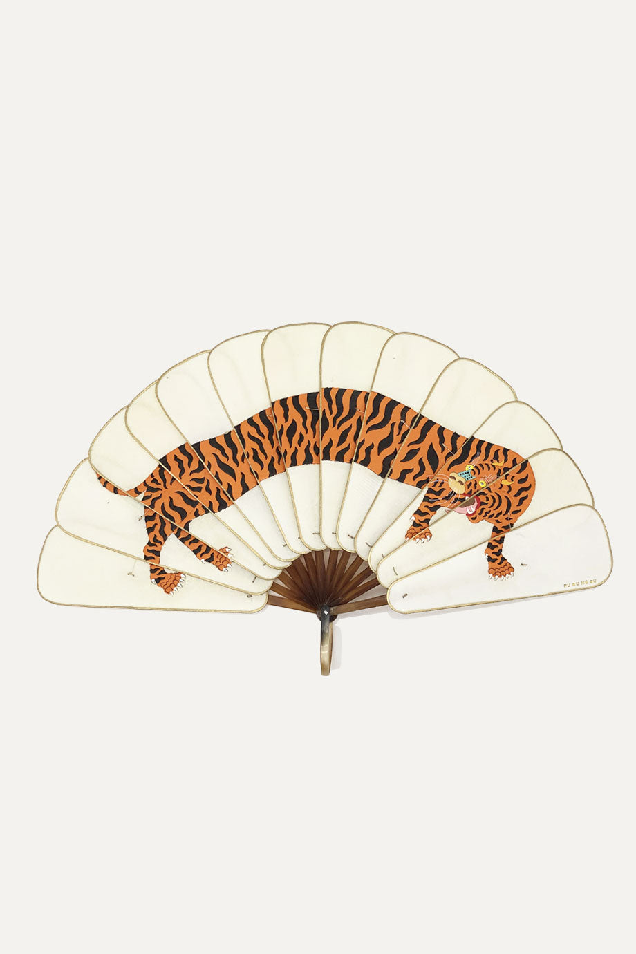 MACAN 'TIGER' FAN