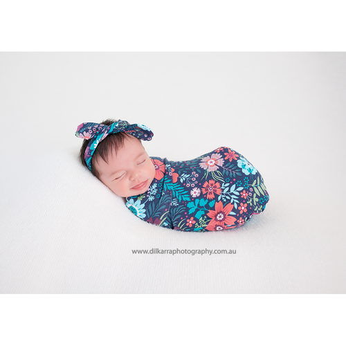 Baby Bundle I Wrap with matching Beanie - Midnight Garden