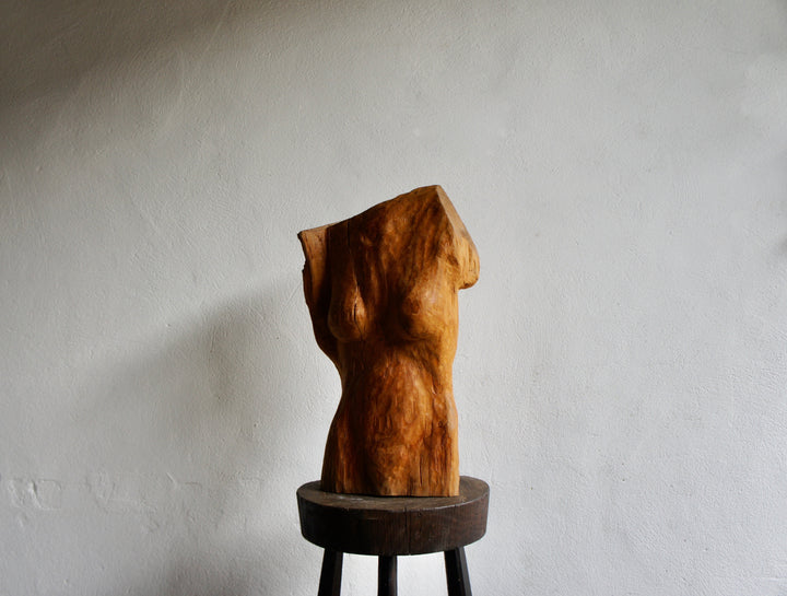 CARVED WOOD FEMALE SCULPTURE
