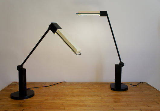 ARTEMIDE ALISTRO TAVOLO FLUORESCENT TABLE LAMP 1983