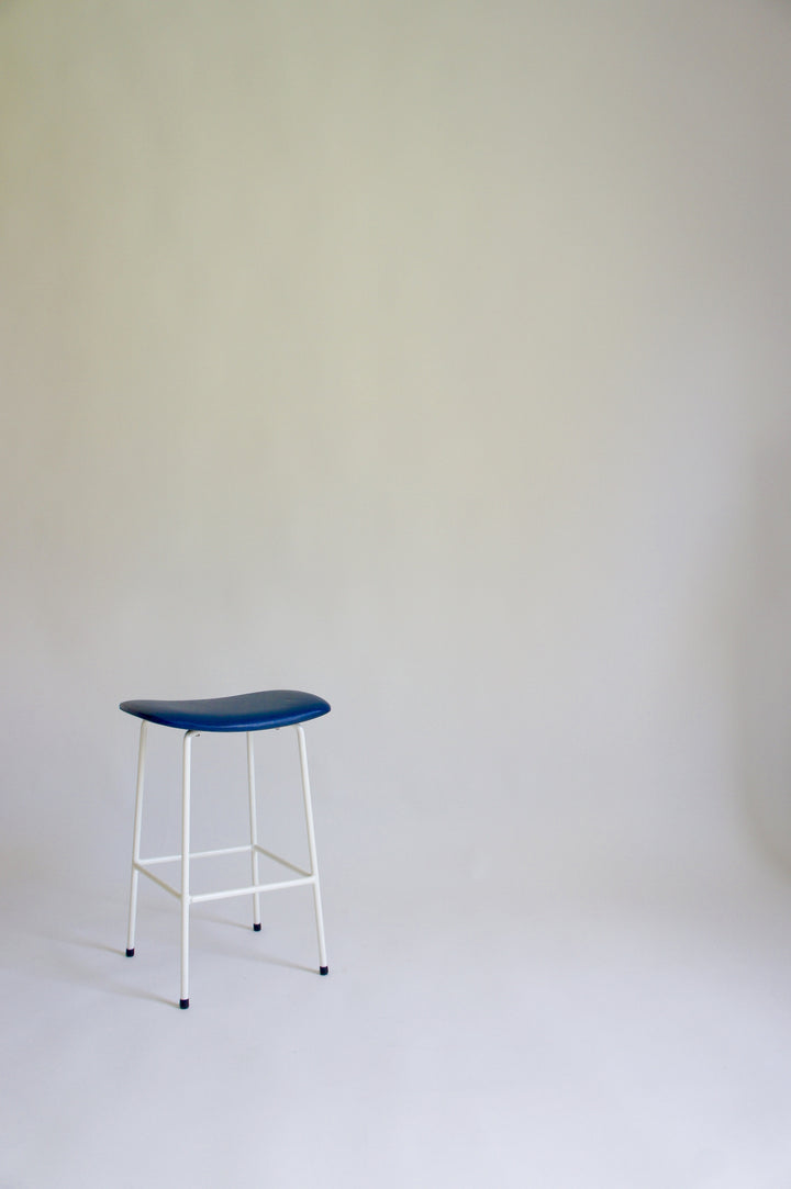 KANDYA PROGRAM STOOL BY FRANK GUILLE