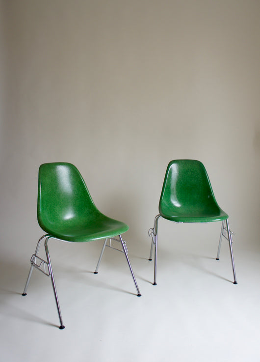 TWO EAMES DSS FIBREGLASS CHAIRS FOR HERMAN MILLER