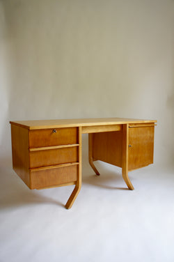 1950'S EB04 BIRCH DESK BY CEES BRAAKMAN FOR PASTOE