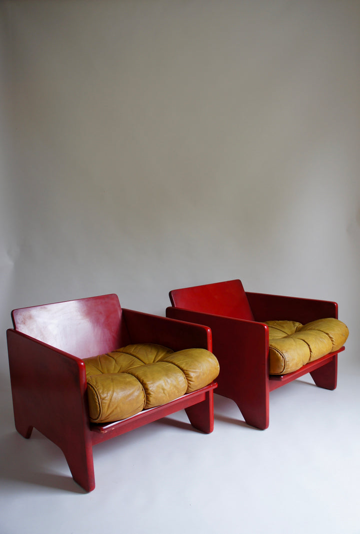 POLTRONOVO RED MODERNIST LOUNGE CHAIRS