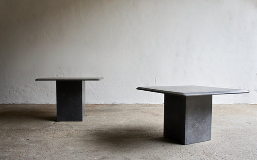 A PAIR OF TRAVERTINE SIDE TABLES