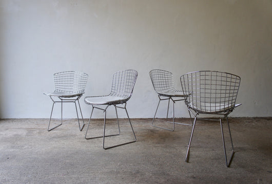 1960'S HARRY BERTOIA DINING CHAIR SET
