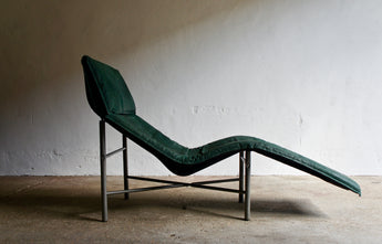 1980'S SKYE CHAISE LOUNGE BY TORD BJORKLUND