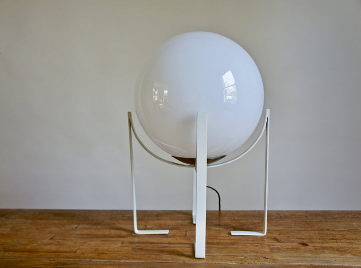 ITALIAN SPHERICAL WHITE GLASS LAMP