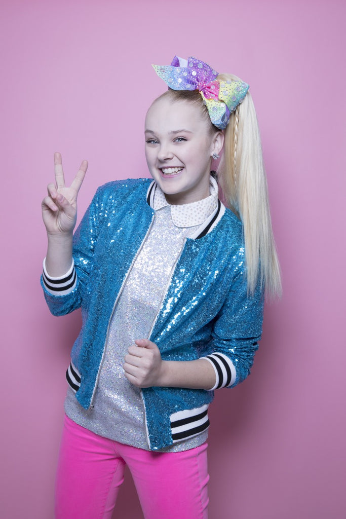JoJo Siwa Comes Out... But Who Is She?