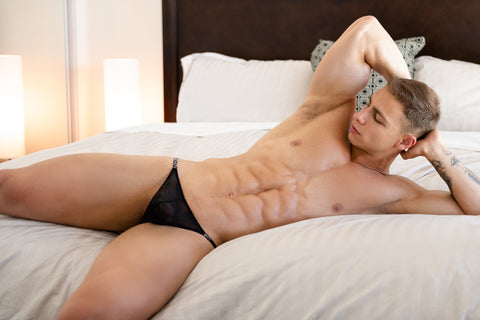 matt-luscious-lace-black-g-string