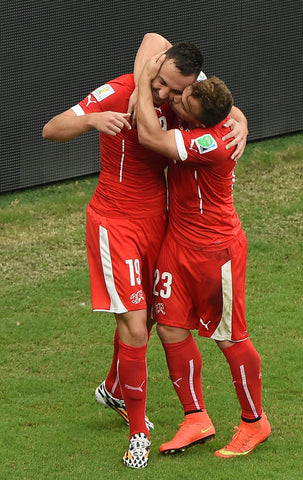 Shaqiri-kissing-josep-drmic-world-cup-honduras
