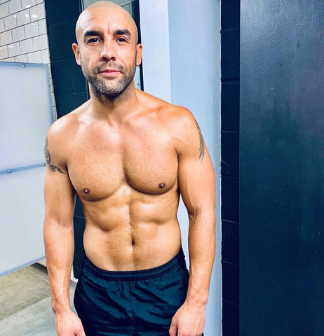 alex beresford topless in shorts