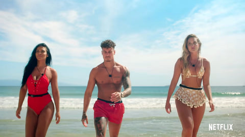 three contestants coming out the sea on THTH