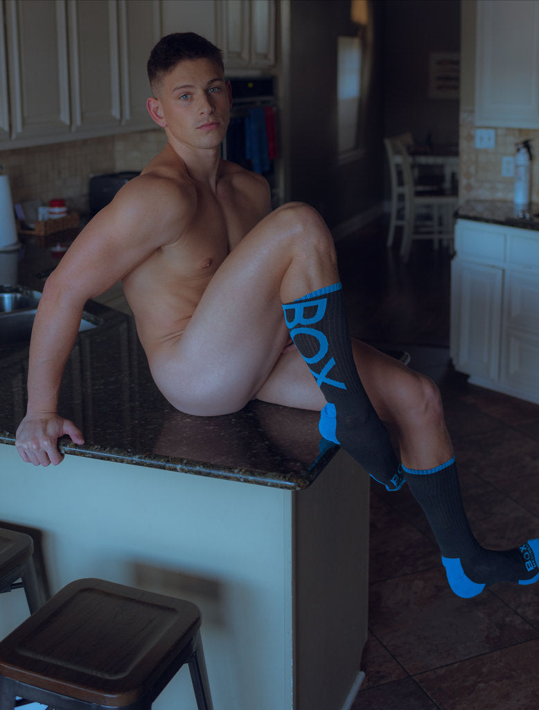 Reno Gold Naked On Counter Grey Blue Lux Sport Socks