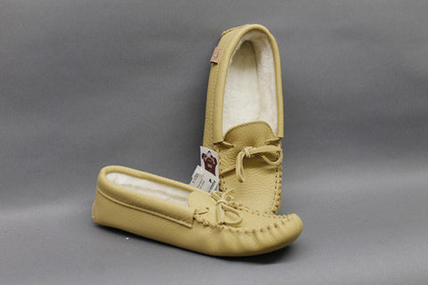 Deer Tan Cowhide Slipper Lined with Padded Sole