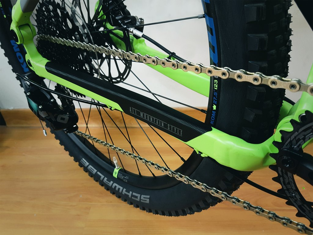 ALL MOUNTAIN STYLE HONEYCOMB CHAIN GUARD BLACK