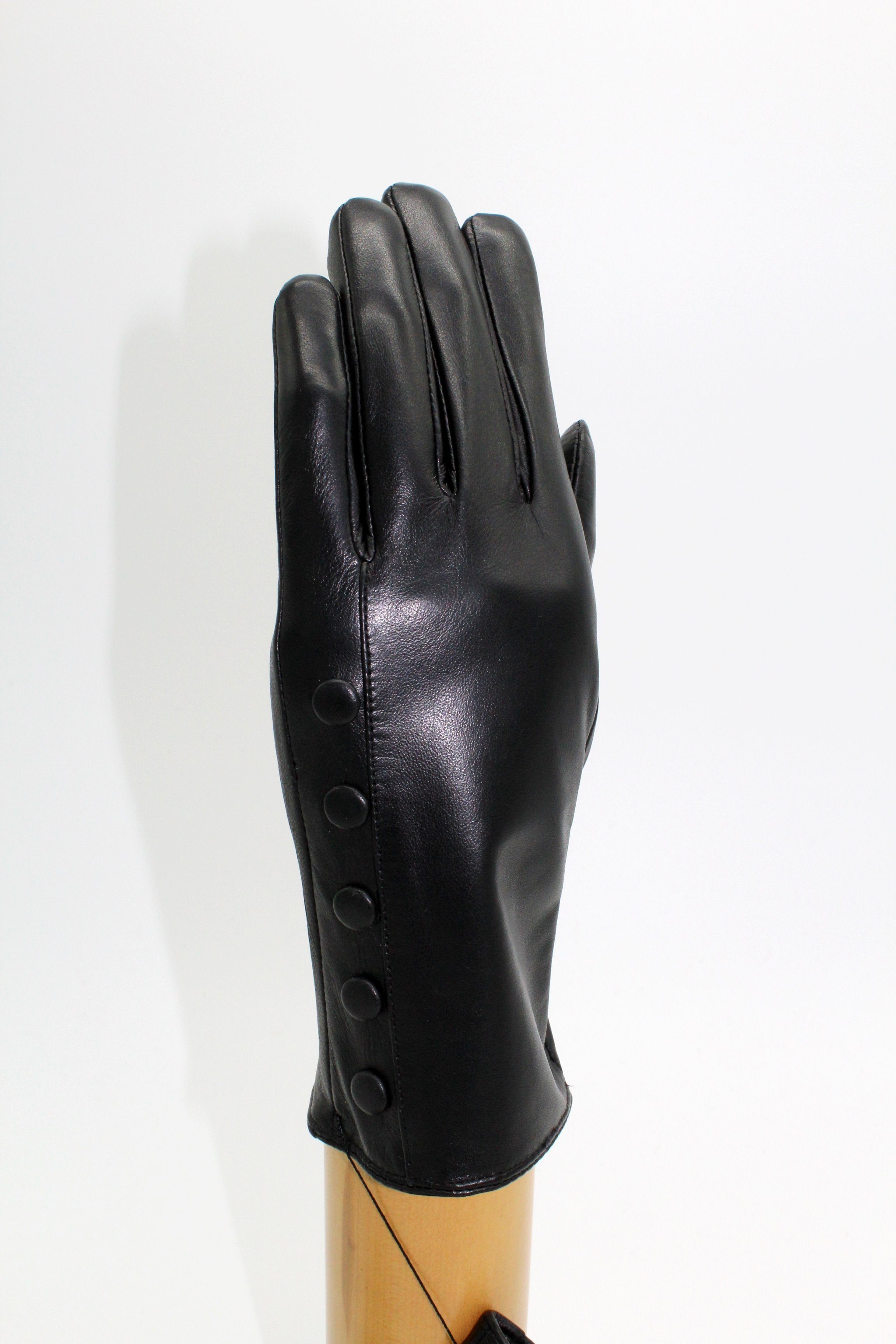 cashmere lined leather gloves Black €59