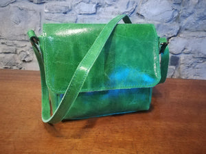 Lillian hand bag in green