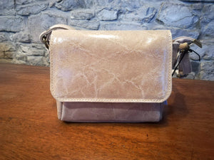 Lillian hand bag in beige