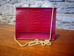 Aine Leather clutch bag red