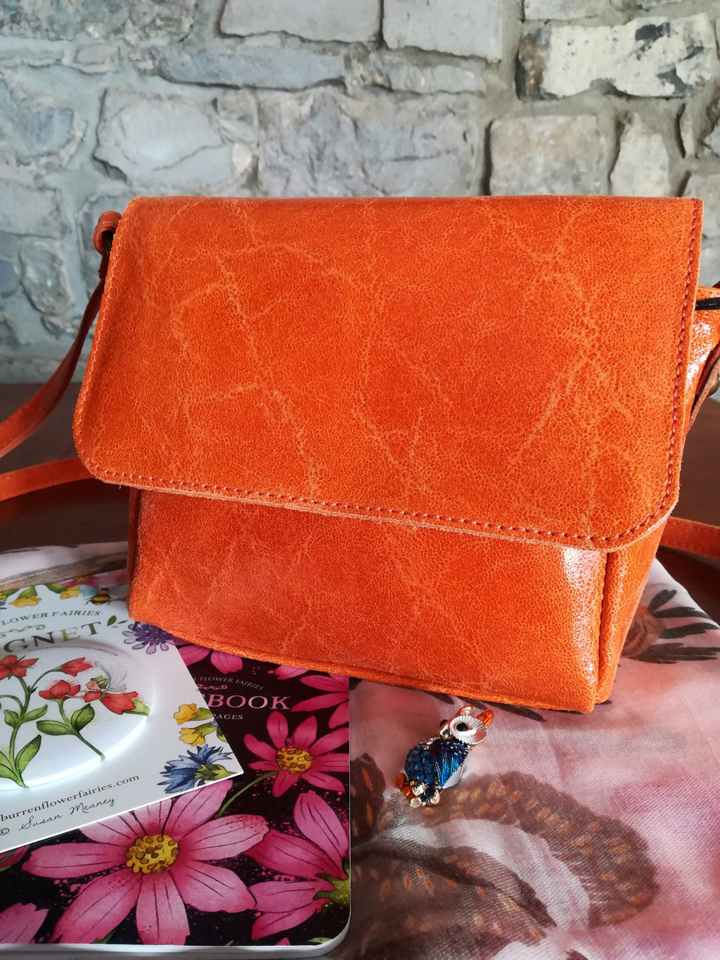 Lillian hand bag in orange