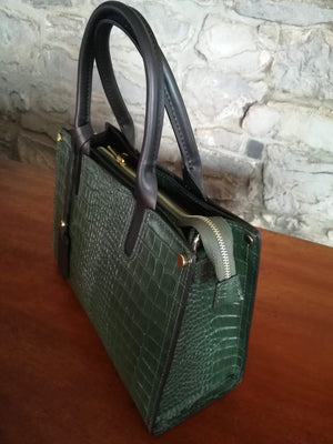 Cordelia hand bag in green