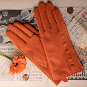 Timeless Leather Gloves with Cashmere lining