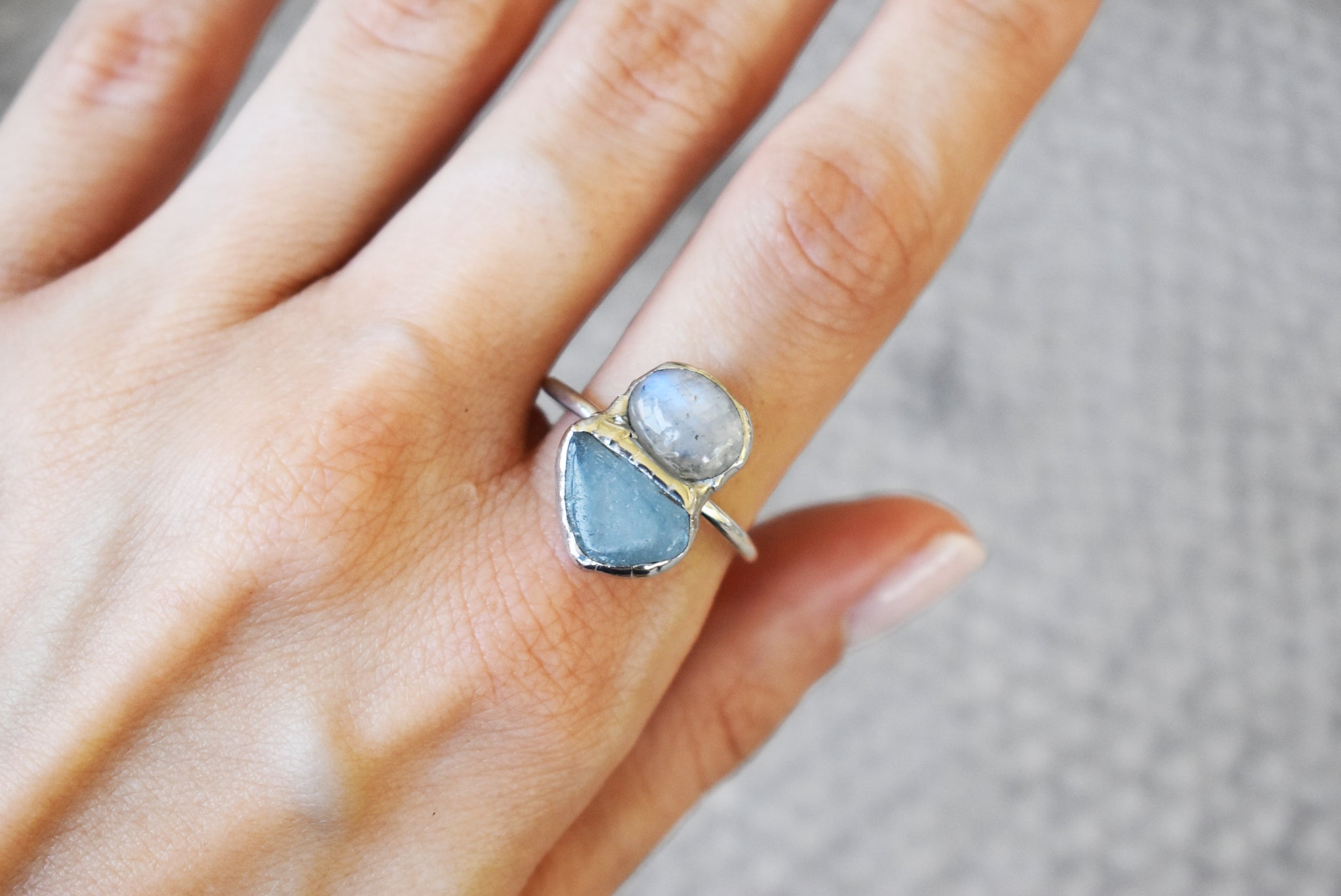 Round Moonstone Silver Ring {US SIZE 6.5}