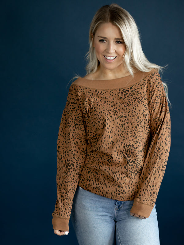 Demi Boatneck Leopard Top