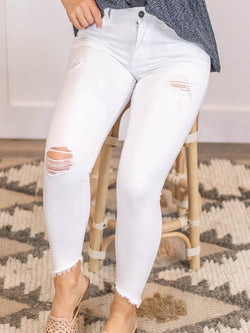 KanCan Distressed White Skinny