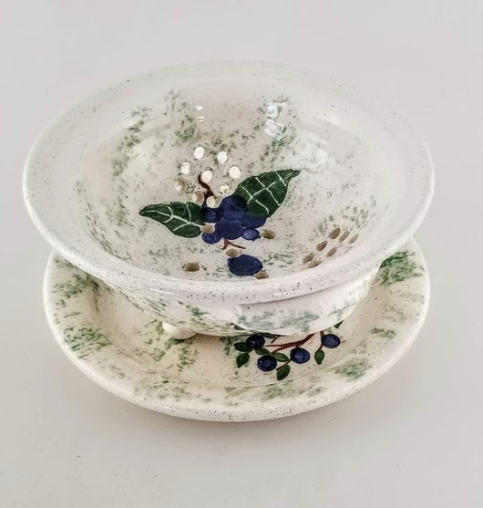 Berry Bowl - Earthenware