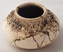 Horsehair Vase, w/carved inlay 5 1/2