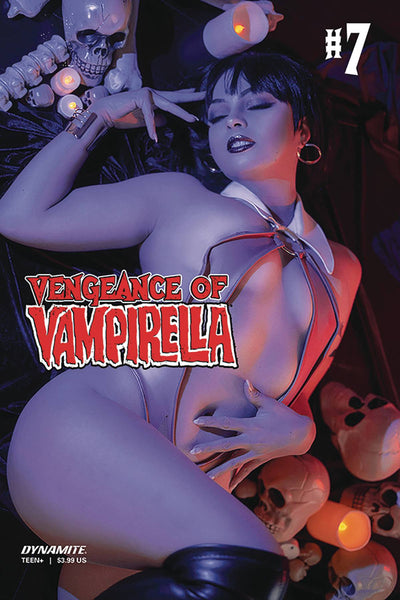 VENGEANCE OF VAMPIRELLA VOL 2 #7 CVR D OCHS COSPLAY
