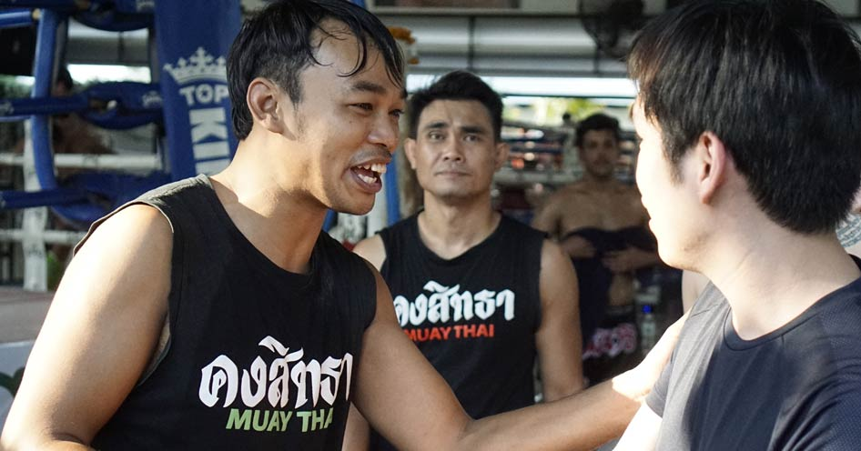 Train Muay Thai in Thailand vs Train Muay Thai at the West