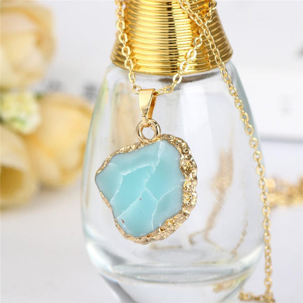 SEA STONE Gold Leaf Necklace