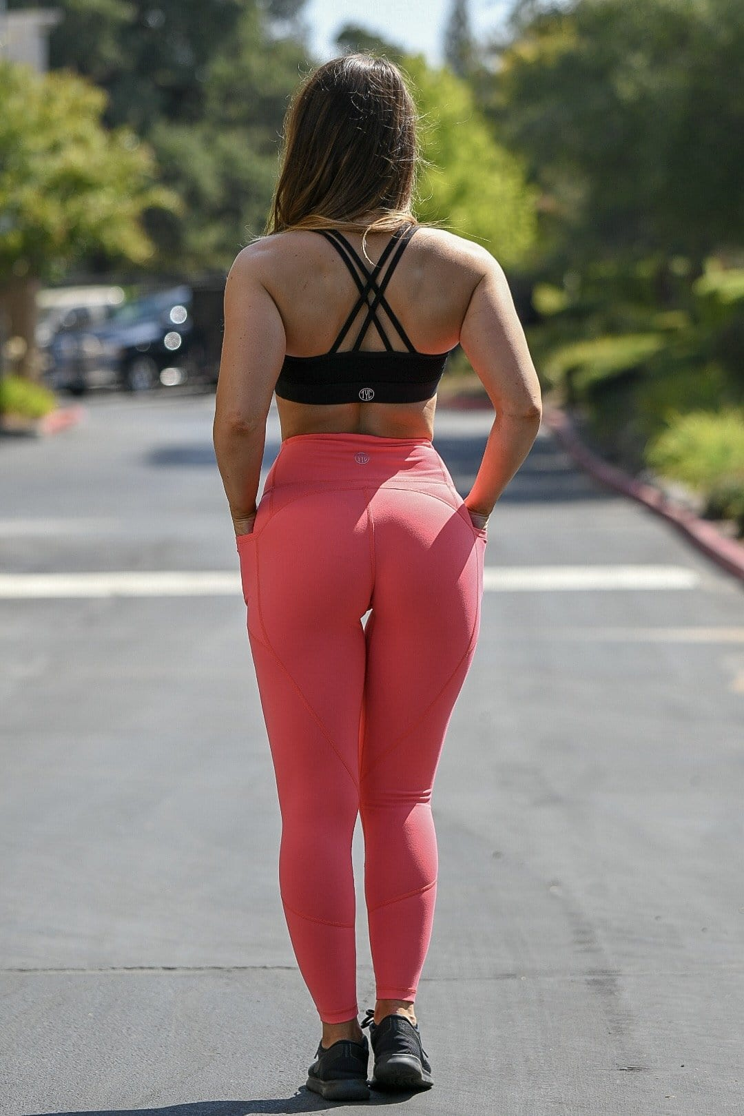 Resilient Heart Booty Leggings- Coral