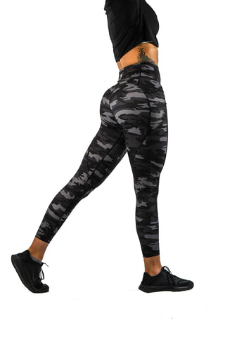 Intensity Heart Booty Leggings- Black
