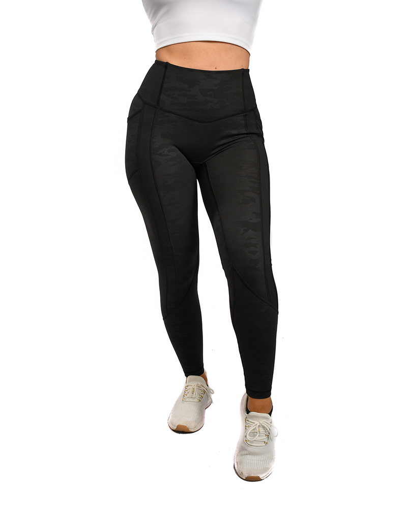 Effortless Heart Booty Leggings- Black Camo