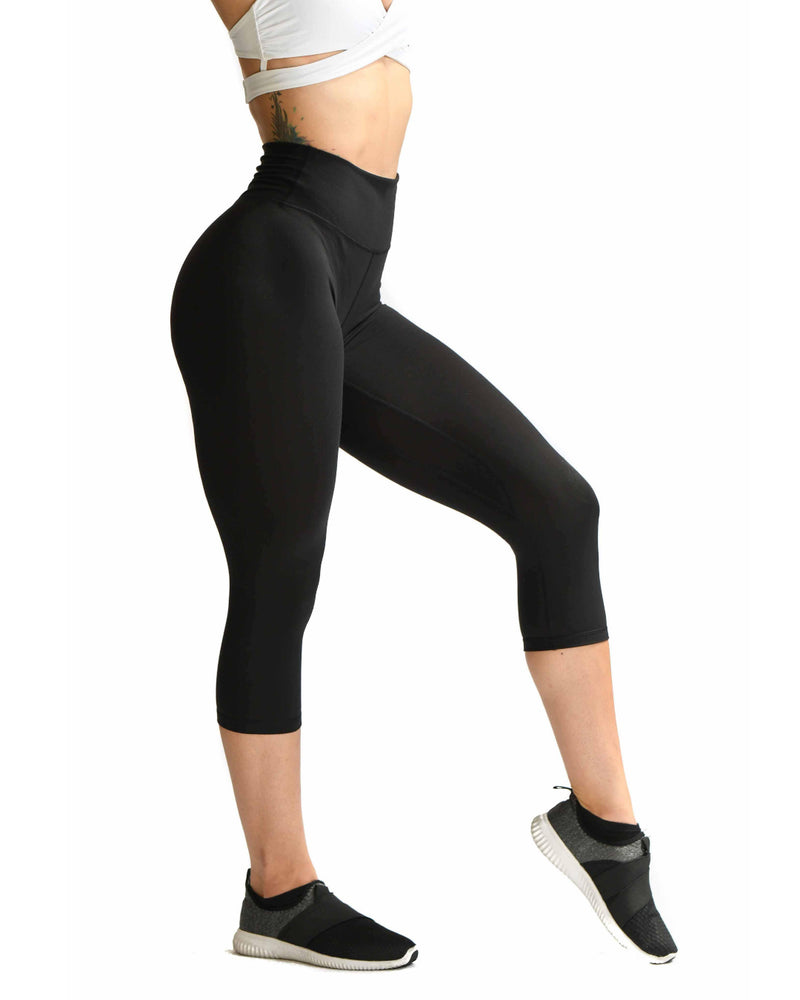 Effortless Classic Capris- Black