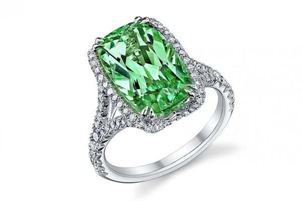 Engagement Rings: Stunning & Unique Alternatives