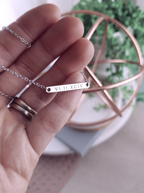ROSE - Short Petite Bar Necklace