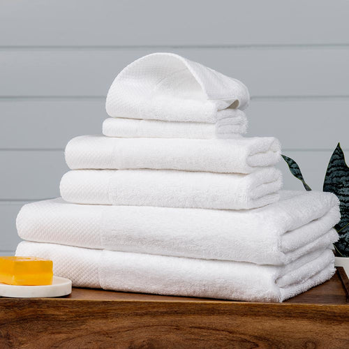 Bath Towel, Diamond-Bordered 650-Gram 100% Cotton